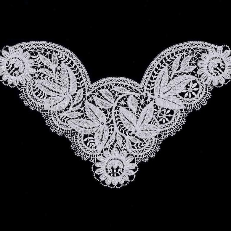 Bedfordshire Lace Collar