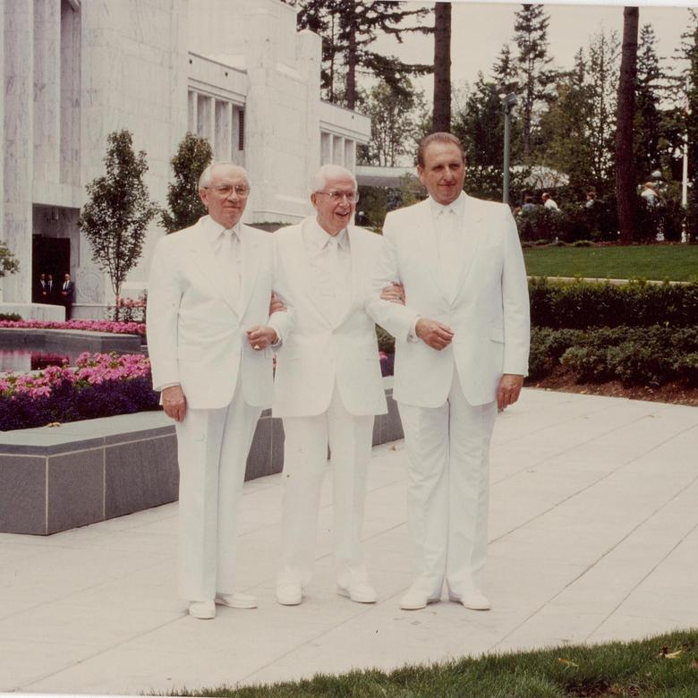 President Benson with President Hinckley and President Monson at the dedication of the Portland Oregon Temple, August 1989