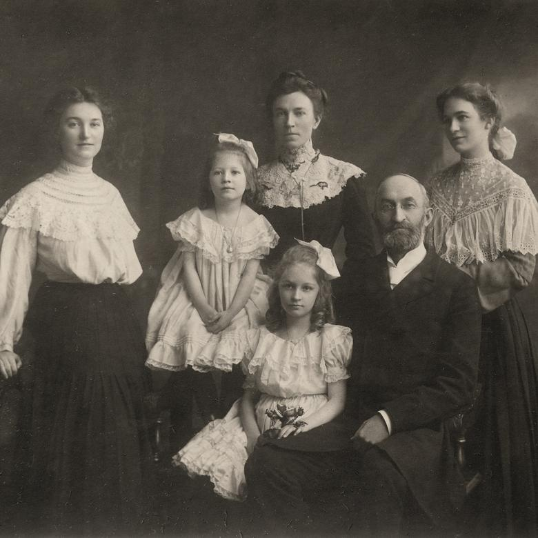 Heber and Emily with children