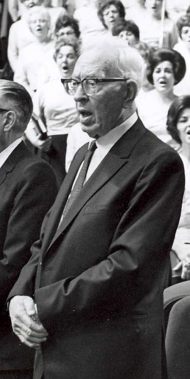 President Smith Singing at General Conference, 1970